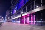 Budova Art noční pohled